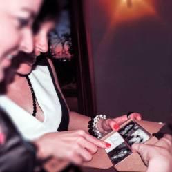 """Regalo personalizado para los invitados: """"Forever in our Memory"""". El clásico juego del Memory pero con las fotos de todos y cada uno de ellos. Cada Memory contiene 120 fichas, y había uno para cada pareja!"""