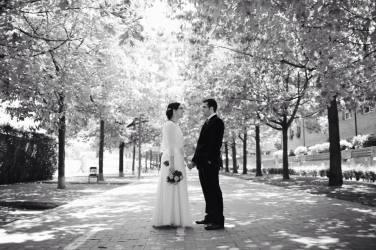 Preciosa foto de Laia Ylla Foto, que se encargó del reportaje preboda, que podéis ver en su blog, y del reportaje fotográfico del día de la boda. Estamos deseando ver el resto de fotos!