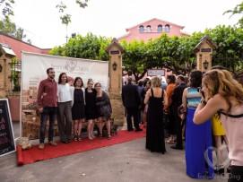 Al llegar, los invitados se encontraron con el cartel del estreno y una alfombra roja de photocall, como en los Oscar!