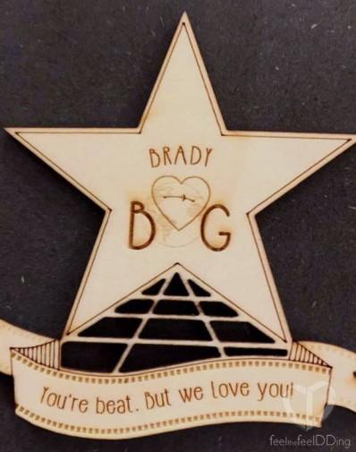 Después del convite se entregó el regalo personalizado, una estrella de Hollywood con dedicatoria muy pensada para cada família o pareja. Gracia y Brennan se curraron mucho las frases y a todos les encantó.